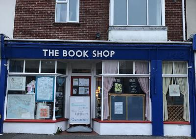 the-book-shop-lee-on-solent-_0010_Photo 25-10-2018, 07 42 50