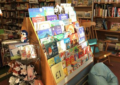 the-book-shop-lee-on-solent-_0014_Photo 13-11-2018, 15 26 39